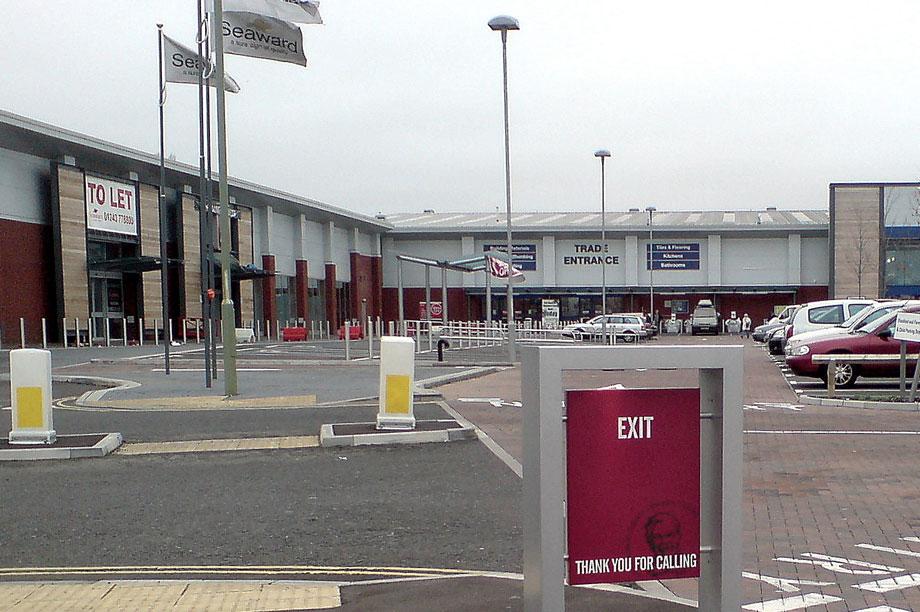 Retail park: Carmarthenshire scheme approved