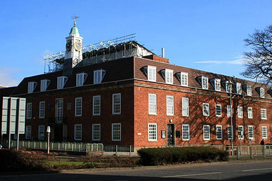 Welwyn Council (pic: cc-by-sa/2.0 - © David Lally - geograph.org.uk/p/1173018)