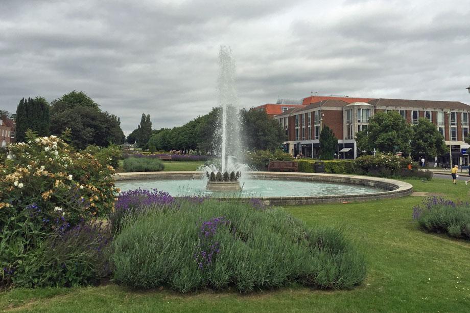 Welwyn Garden City (pic: diamond geezer, flickr)