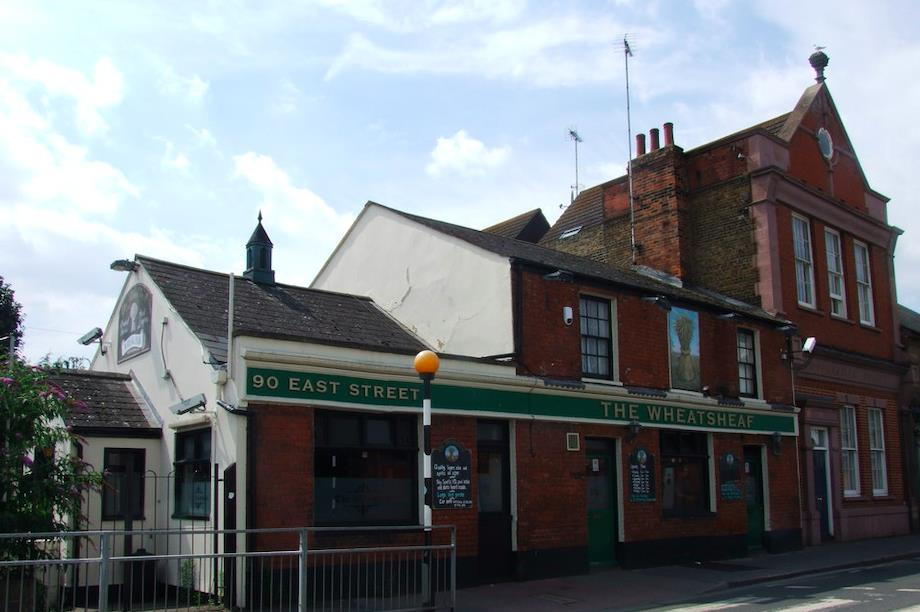 The Wheatsheaf, Sittingbourne: accidentally approved for demolition by Swale Borough Council (Pic: Geograph.org, by Chris Whippet, CC BY-SA 2.0)