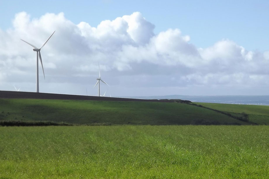 Wind energy: FoE says new NPPF sets 'harsh rules' preventing installation